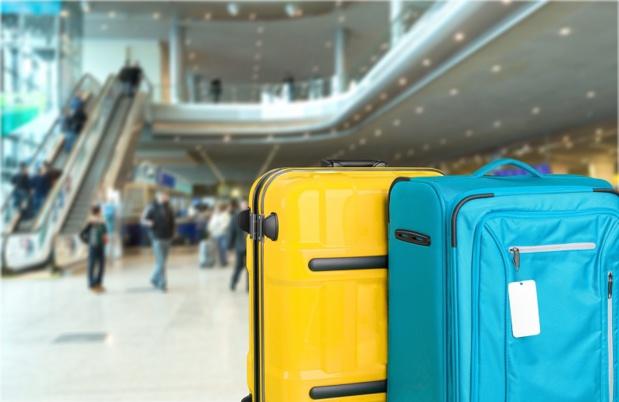 Dès le moment où la valise est faite pour le voyage retour, ne jamais la laisser sans surveillance - Depositphotos.com billiondigital