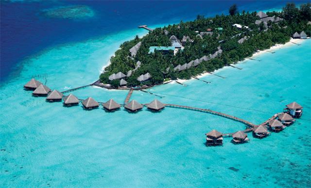 La distribution géographique de l'archipel à 500 kilomètres des côtes indiennes rend les clients sans défense, isolés sur leurs îles - DR