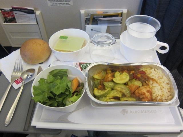 Le déjeuner du vol de retour d'Aéromexico. DR-LAC
