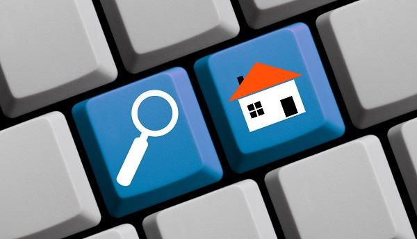 les plateformes de location saisonnière, comme Airbnb, HomeAway ou Leboncoin auront obligation de publier la liste de tous les logements loués - Crédit photo : Depositphotos @keport