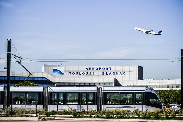 Alors que le trafic passagers est stable, les vols low cost représentent 401 899 passagers, soit 45,3% du trafic total - Crédit photo : Aéroport de Toulouse