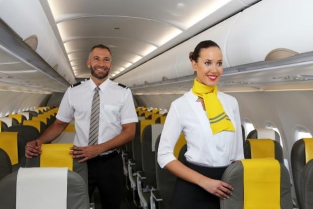 Vueling Airlines, première compagnie aérienne en termes de passagers transportés entre la France et l'Espagne, recrute des hôtesses et stewards pour renforcer ses équipes - DR