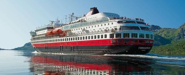 Pendant un an et demi, le MS Finnmarken a servi de logement et de restaurant au personnel d'une plateforme pétrolière en Australie - Photo Hurtigruten