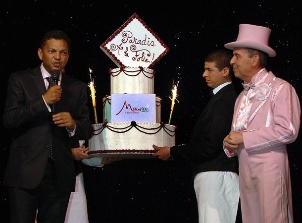 Robert Desvaux, président de la MTPA, a confirmé devant les 300 invités du Cabaret que l'Ile Maurice demeurait une des destinations long-courrier préférées des Français./photo dr
