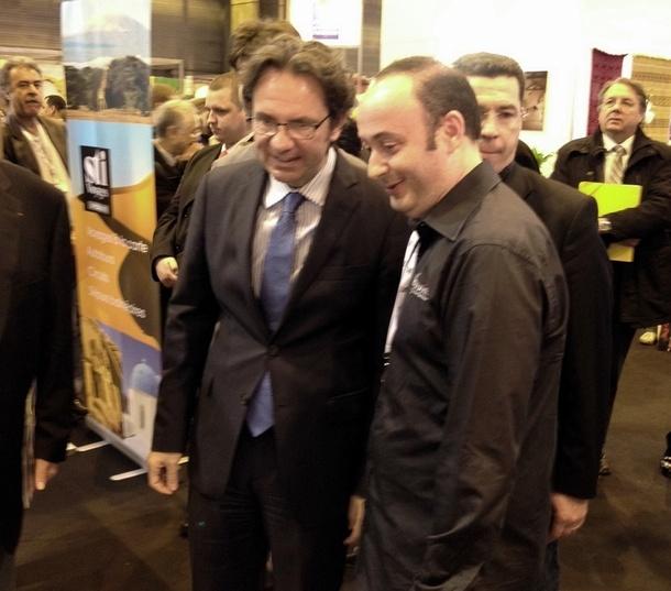 Frédéric Lefèbvre, secrétaire d'Etat au Tourisme en compagnie de Laurent Abitbol, président de Voyamar. Les deux hommes militent pour le redémarrage de la destination Tunisie. /photo BF