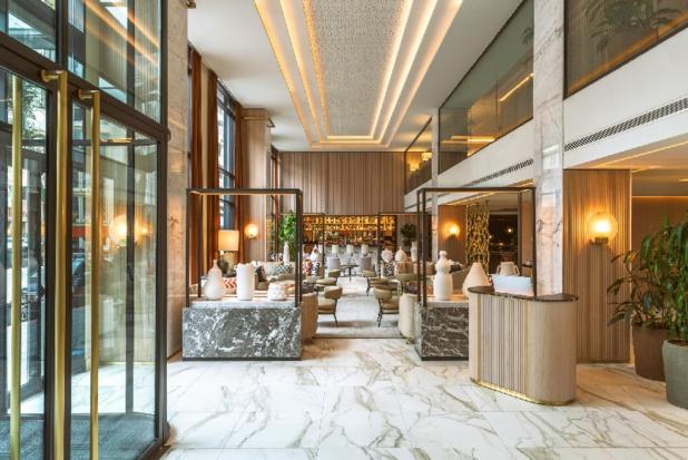 Créé et conçu par Jaime Beriestain, architecte chilien, l'hôtel se situe sur le mythique boulevard Mohammed V, à proximité de l'ancienne médina. - DR Radisson