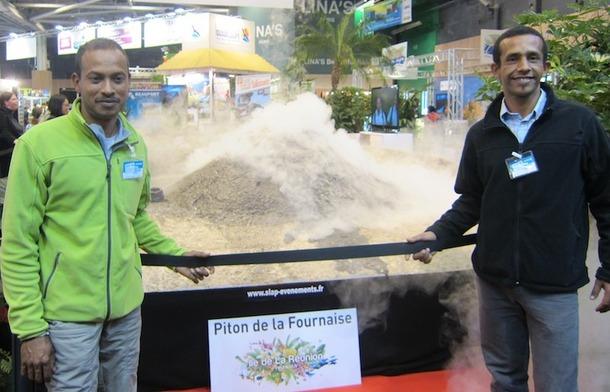 L'île de la Réunion était présente au salon Destinations Nature avec une animation étonnante : une reconstitution de l'éruption de son volcan le Piton de la Fournaise. DR.LAC