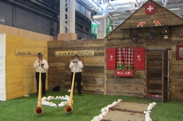 La Suisse était la destination à l'honneur, avec ses chalets et ses joueurs de cor des Alpes. DR/LAC