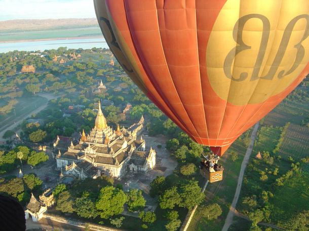 La Birmanie est l'une des nombreuses étapes de ce tour du monde exceptionnel - DR : Balloons Over Bagan