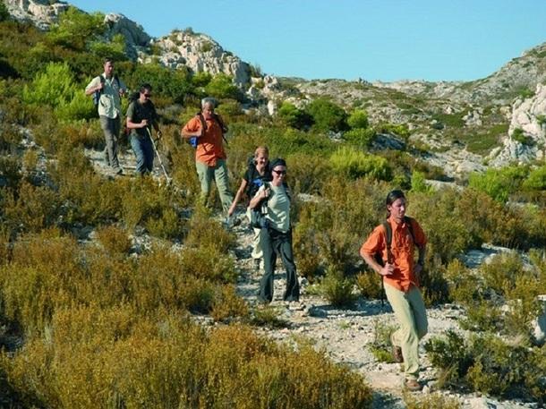 Aujourd'hui le trekking s'est largement développé, englobant aussi bien les randonnées d'un week-end dans les Alpes, que les trekking-urbains - Photo DR