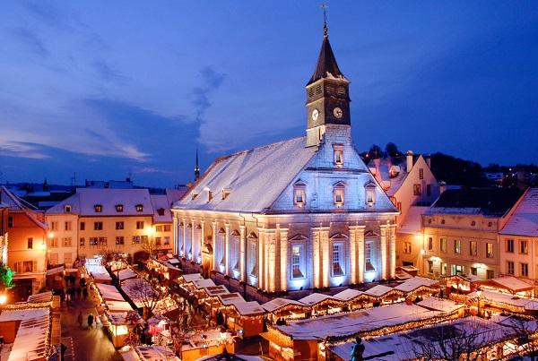 Le marché de Noël de Montbeliard se tient du 24 novembre au 24 décembre 2019 - Crédit photo : Marché de Noël de Montbéliard