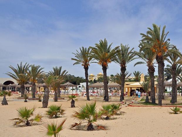 Les plages de Tunisie sont marquées par un tourisme essentiellement de masse - Photo CreativeCommons-Marc Ryckaert_Hammamet-Sud