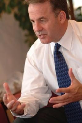 James Hogan, PDG, estime qu'il a « accompli sa mission », et souhaite « passer à de nouveaux challenges »