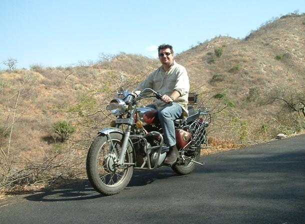 Jacques Lahaye est le PDG fondateur de West Euro Bikes, ici en Inde - DR
