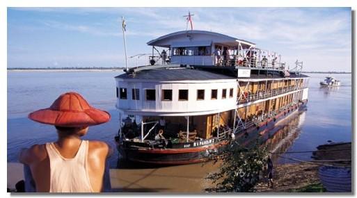 Le RV Mékong Pandaw, superbe réplique des navires coloniaux d'autrefois avec tout le confort moderne
