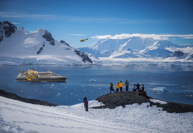 L'Ultramarine, livré en 2020, embarquera deux hélicoptères pour offrir des paysages d'un point de vue unique et se poser dans des lieux inaccessibles. – DR : Quark Expeditions
