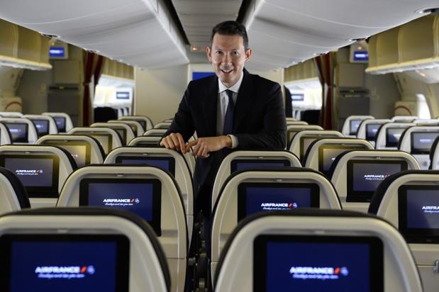 """L'Oncle Dom : """"De son discours, hormis le traditionnel Joyeuse Bonne année, je retiendrai un certain optimisme, doublé d'un doute encore latent"""" - Photo Air France KLM"""