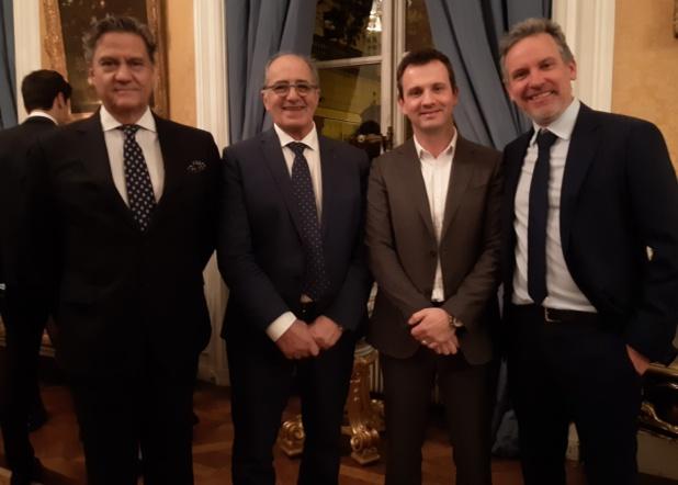 De gauche à droite : S.E. Jorge Torres Perreira, Ambassadeur du Portugal en France ; Jean-Pierre Mas président des EDV ; Jean-Pierre Pinheiro, directeur France de  l'OT du Portugal et président de l'ADONET) et Lionel Rabiet, Président des EDV Ile-de-France - DR : M.S.