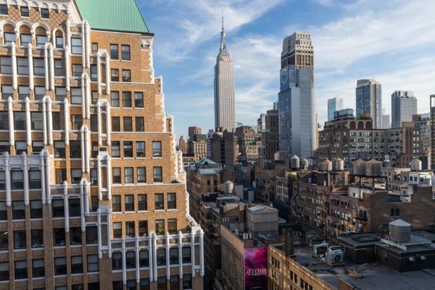 L'hôtel dispose également d'un bar à cocktails saisonnier sur le toit avec vue sur l'Empire State Building - DR : Radisson