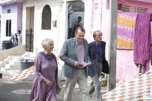 Les acteurs du film Indian Palace incarnent un phénomène qui ne manquera de continuer de se développer: l'exil des retraités occidentaux vers des continents plus accueillants - DR Picasa