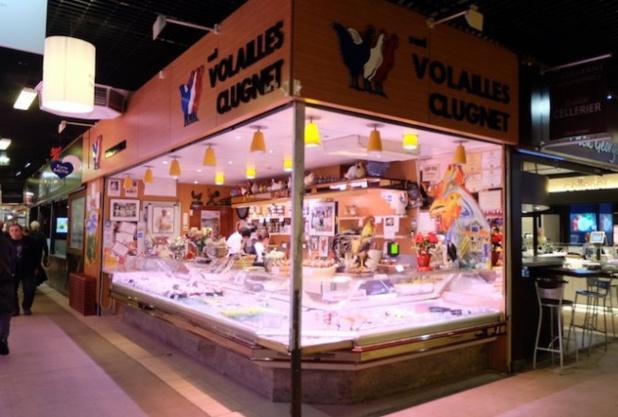 L'indéboulonnable volailler Clugnet, dont les pigeonneaux sont depuis 20 ans livrés à la célèbre « auberge » de Collonges-au-Mont-d'Or - DR : Halles Paul Bocuse