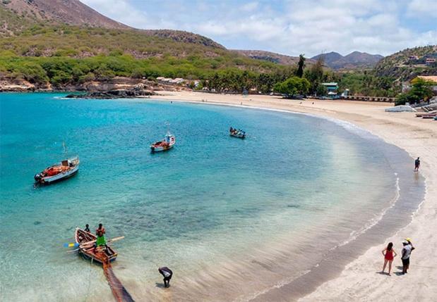 Plage de l'île de Santiago - DR : Caroline Granycome