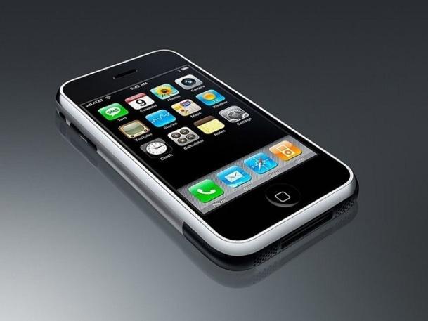 Un quart des Français a déjà utilisé son smartphone pour se renseigner sur un produit avant de l'acheter - Photo DR