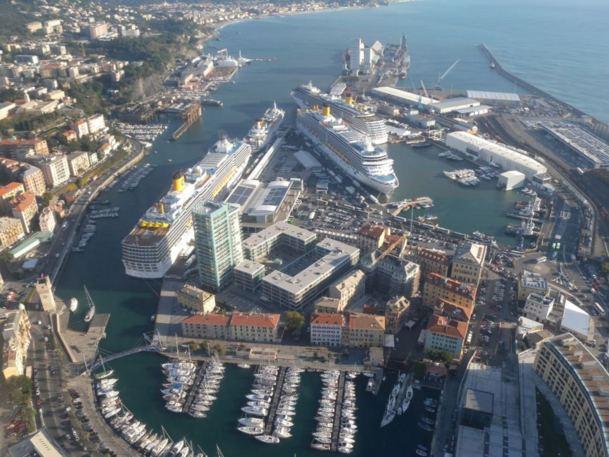 Malgré sa taille réduite, comparable au port de Nice, Savone capte 900.000 passagers  dont 50.000 transitent par l'aéroport niçois - Photo DR