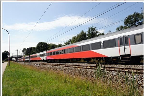 Chaque année, près d'un milliard de passagers empruntent l'un des 5.000 trains en service quotidiennement sur les 4.700 kilomètres réseau, un des plus denses en Europe sinon au monde - Photo DR