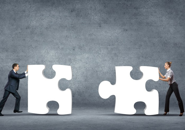 Dans les entreprises de 11 à moins de 50 salariés, l'accord d'entreprise ou d'établissement peut être négocié et conclu, sans ordre de priorité - Depositphotos.com SergeyNivens