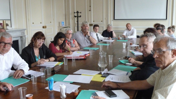 """La Commission """"tourisme durable"""" du SNAV en réunion le lundi 18 juin 2012. - Photo DR"""