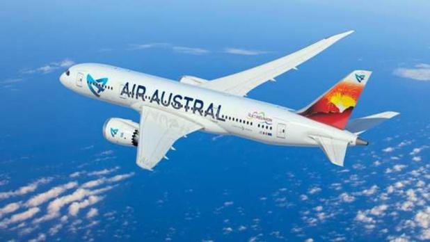 """Air Austral """" la compagnie n'est pas en mesure de procéder à un remboursement immédiat des billets"""" /crédit photo AA"""