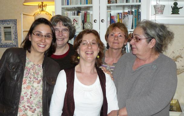 Valérie Durin (au centre) a créé Travel Age en 2010. L'association compte aujourd'hui 7 membres - DR