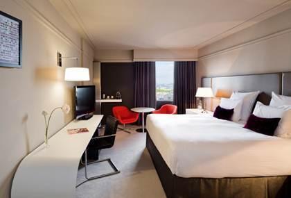 Les 957 chambres du Pullman Montparnasse offrent désormais un design et une décoration bien plus modernes - Photo DR