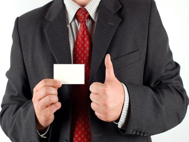 Les fraudeurs usurpent une identité et falsifient ensuite des papiers pour pouvoir réserver et embarquer - DR Fotolia