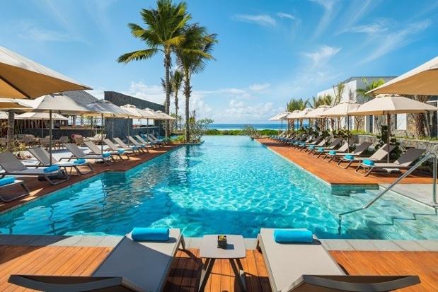 La piscine de L'Anantara Iko Mauritius Resort & Villas - DR