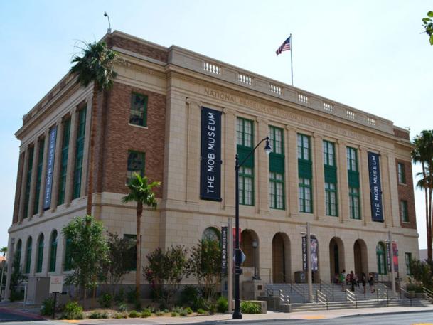 « Mob Museum » permet, sur trois étages, de découvrir l'histoire de la Mafia à Las Vegas et la lutte de la criminalité par le FIB, de manière interactive et avec des références cinématographiques.  - Photo CD