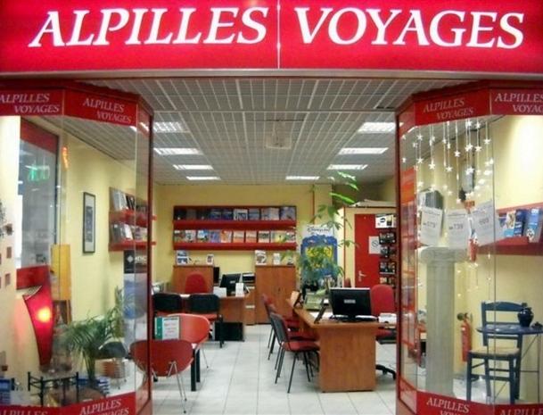 Le Groupe Alpilles Voyages dispose de très beaux emplacements commerciaux]b (dont 8 en galerie marchande) parmi sa trentaine de points de vente. /photo dr