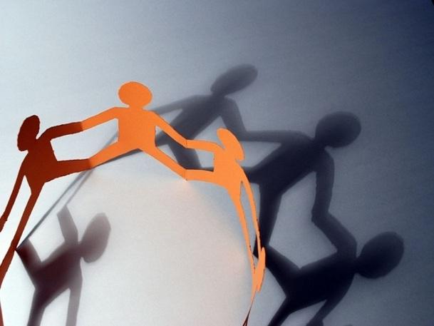 Pour des petites agences qui n'en ont pas forcément les moyens en interne, le SNAV peut s'avérer utile afin d'obtenir des conseils juridiques ou techniques - Photo Fotolia