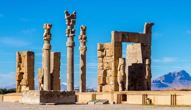 """""""Quand vous avez des voyageurs qui rentrent émerveillés de leur voyage en Iran, cela nous va droit au cœur en dépit d'une carte coloriée en rouge par le Quai d'Orsay..."""". Ici, Persépolis - DR"""