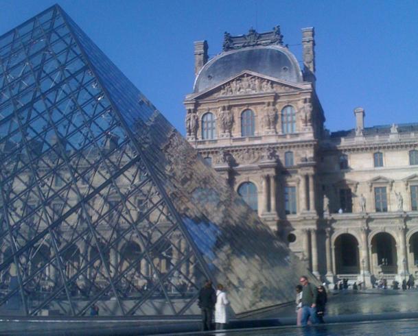 Sa « légitimité touristique », Paris la doit à ses musées, ses monuments et à son « shopping » qui s'impose comme une véritable activité de vacances - DR : JDL