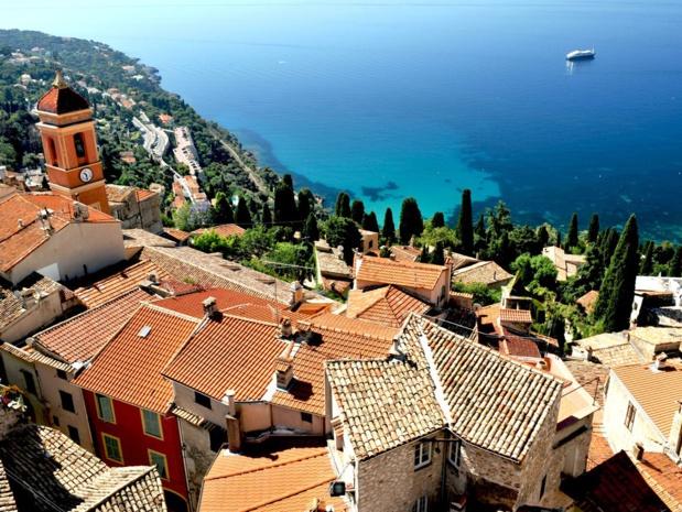 Entre Menton et Monaco, le village médiéval de Roquebrune - Cap Martin, l'un des joyaux de la Riviera - DR : Georges Veran, CRT Côte d'Azur France