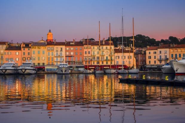 De tous temps, le petit port  de Saint-Tropez a séduit ses visiteurs - DR : Mouton A - CRT PACA