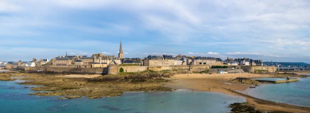 La France et la mer... les deux préférences des Français pour les vacances / Crédit DepositPhoto