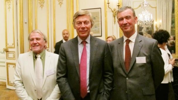 Patrick Vercauteren Drubbel, Ambassadeur de S.M. le Roi des Belges (milieu), entouré à droite de Peter Keijers, Président d'EurAm et à gauche de Jeroen Janda, General Manager Sirius,
