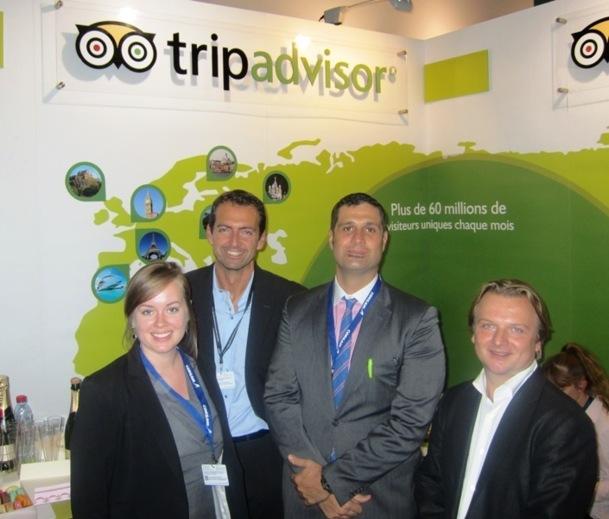 Massimiliano Gallo, le nouveau directeur d'Espace Contacts France entouré de l'équipe TripAdvisor. DR-LAC