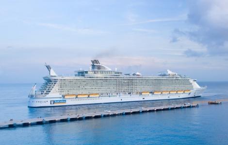 « Avec un prévisionnel de 30 000 passagers pour 2012, au départ de Marseille, Toulon et Le Havre, nous devrions enregistrer une croissance de 10 000 passagers supplémentaires par rapport à 2011, » confie Robiha Deloubrière / Photo DR