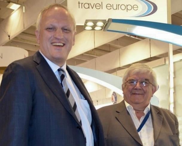Anton Gschwennter, compte beaucoup, également, sur le récent rachat de Corse Voyages.  Sur un plan aérien de 22 000 sièges, Travel Europe en aurait déjà vendu 13 000 et son tout nouveau directeur du Développement, Paul Bronte, un ex-NF/TUI, prévoit de finir l'exercice 2012-13 avec 20 000 pax ./photo Caroline Dherbey