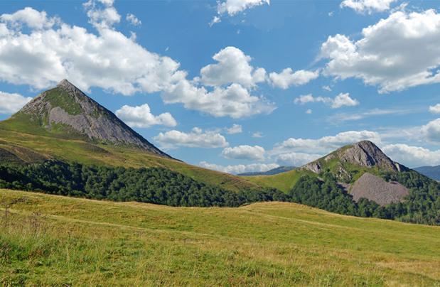 Les monts du Cantal  / DR Shutterstock