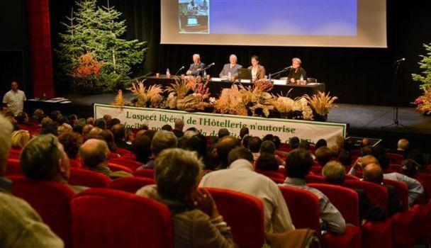Réunis en congrès, lundi 1er octobre 2012, les membres de la FAGIHT ont présenté leur Plan Marshall pour l'hôtellerie-restauration - DR
